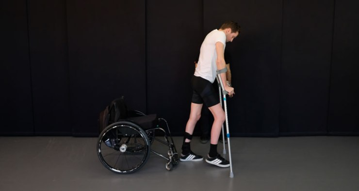 Walking Spinal Cord Injury.jpg
